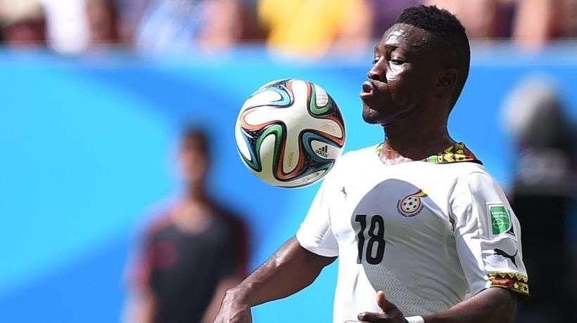 Manchester United: Ryan Giggs espía a un ariete ghanés