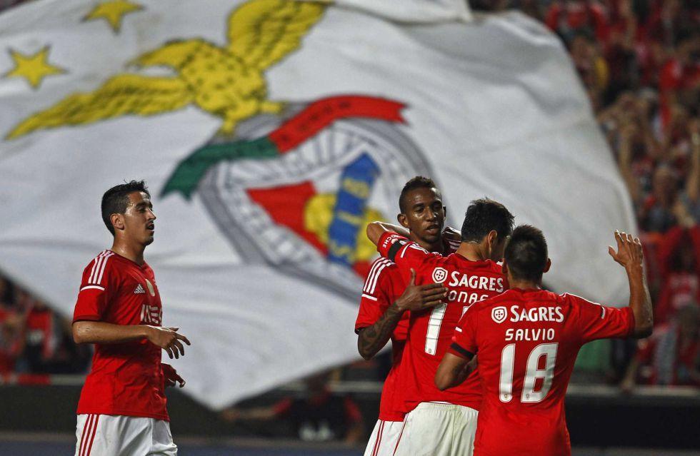 Un gol de Talisca da la victoria al Benfica y le mantiene líder | Internacional | AS.com