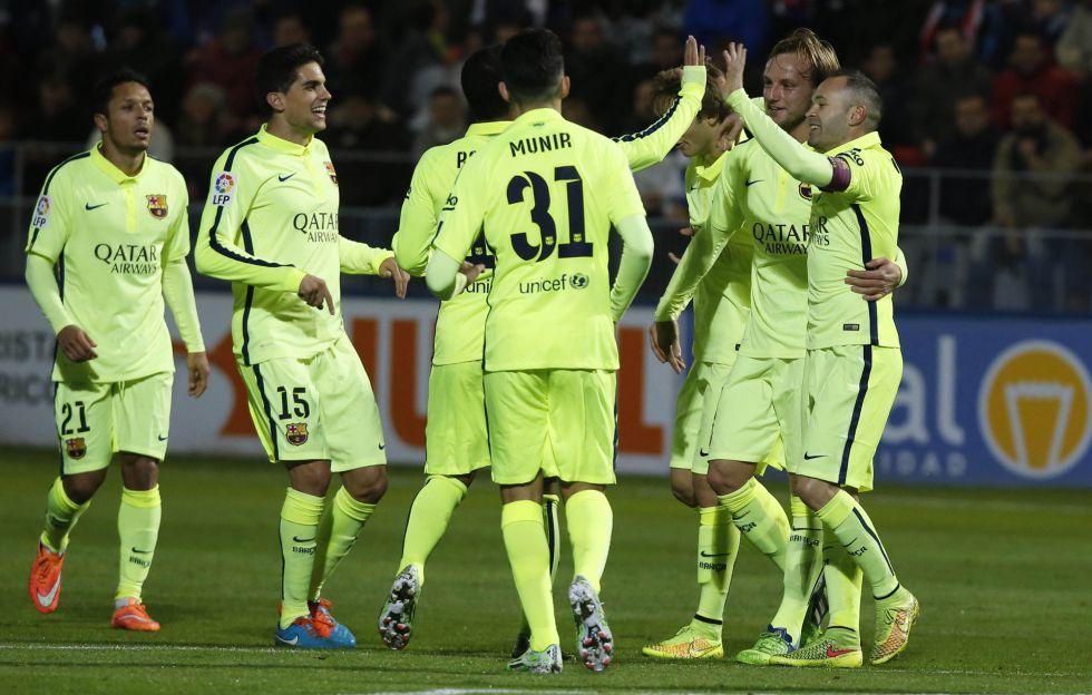 Rakitic e Iniesta guían al Barça para sentenciar la eliminatoria | Copa del Rey | AS.com