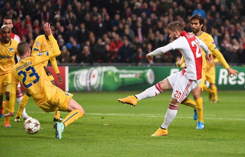 Shone guía al Ajax a la Europa League tras golear al APOEL | Liga de Campeones | AS.com