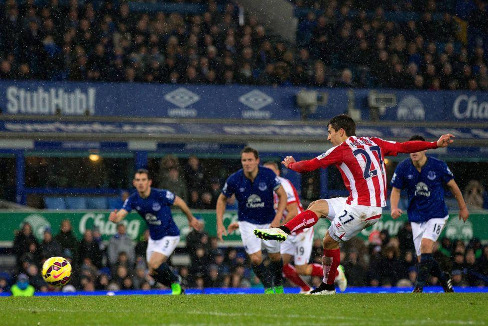 Bojan tumba al Everton y el Liverpool se alivia en Burnley | Internacional | AS.com